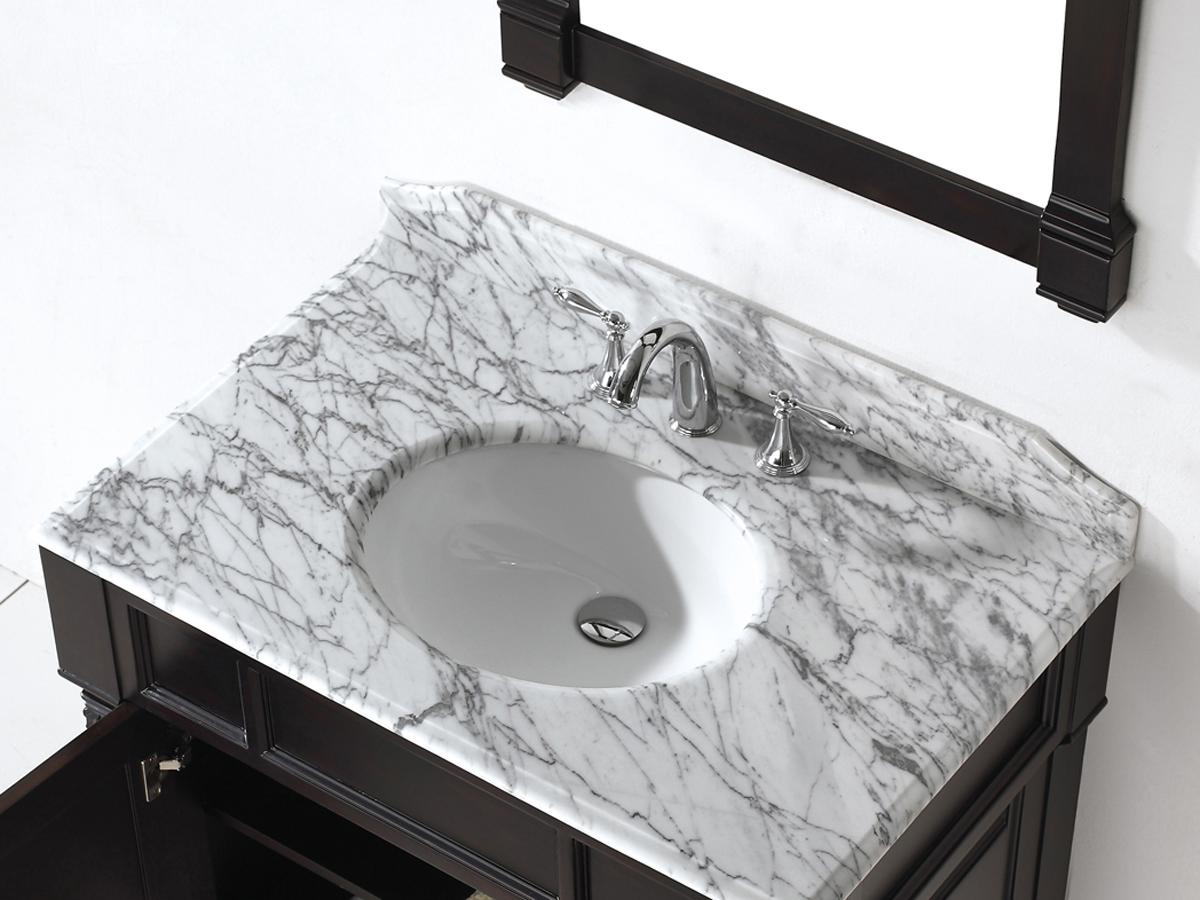 Shown with Round Sink