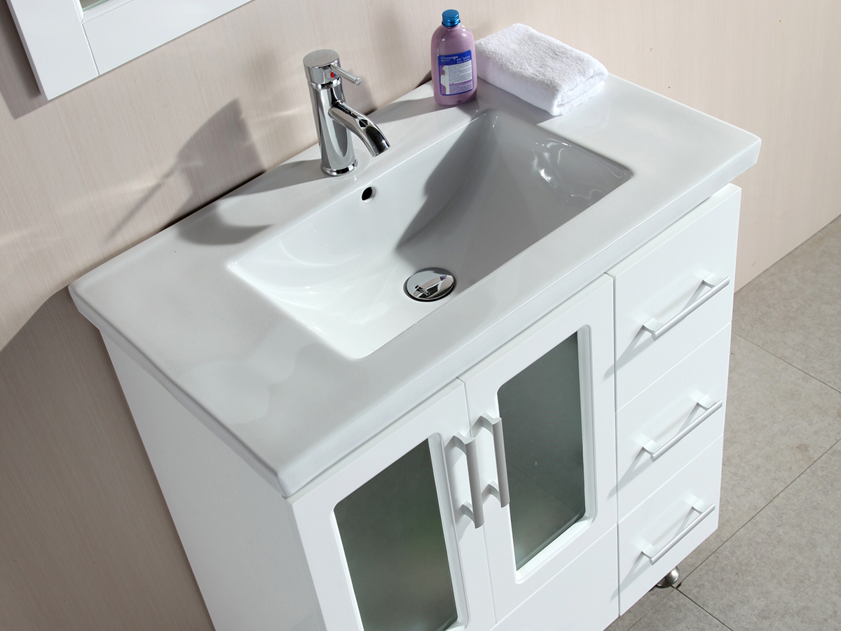 Integrated Sink Top Made From Porcelain