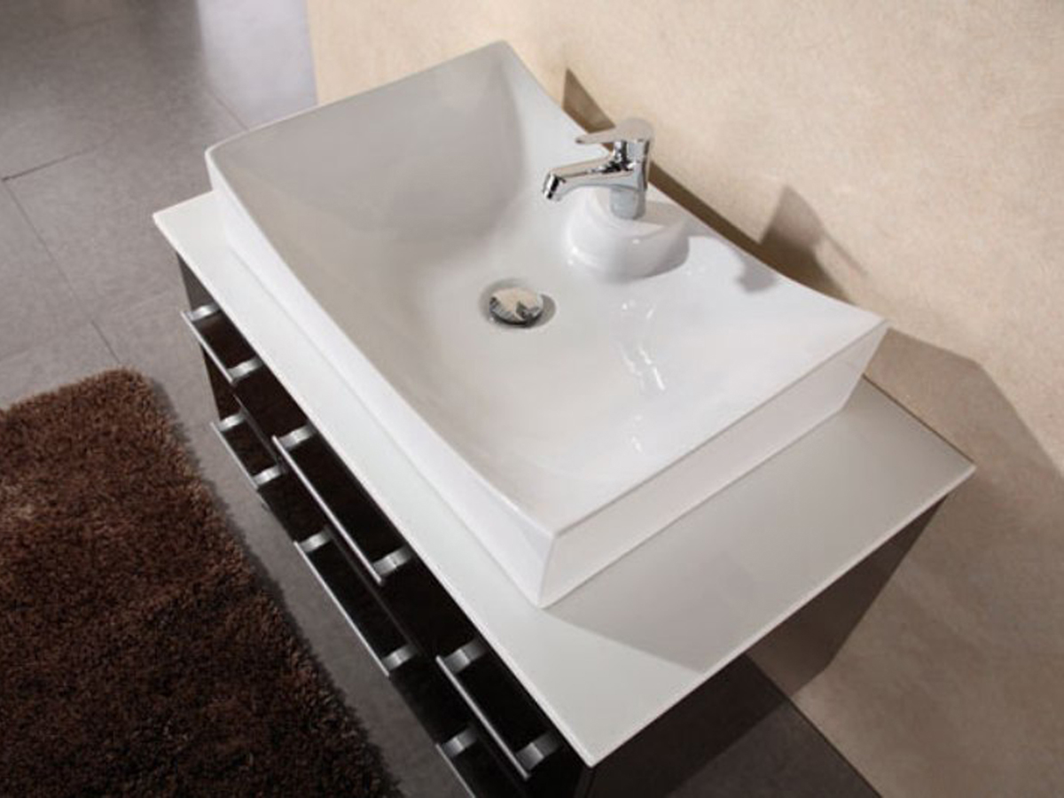 Porcelain vessel sink