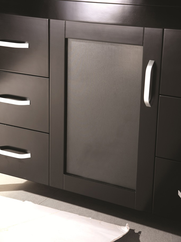 Soft-closing cabinet door