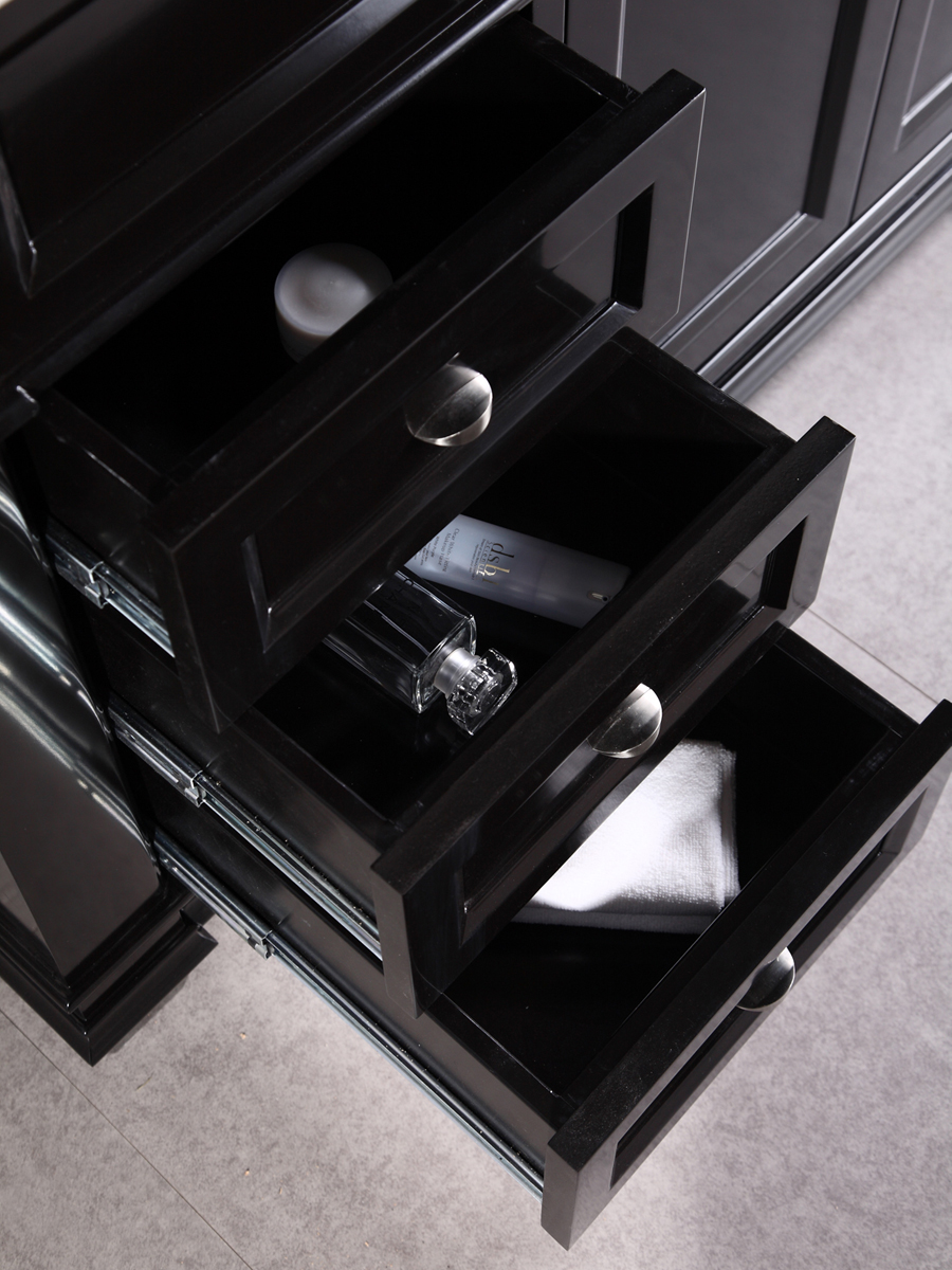 Three pull-out drawers