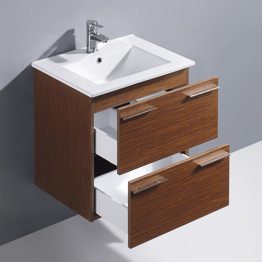 Features 2 soft-closing drawers