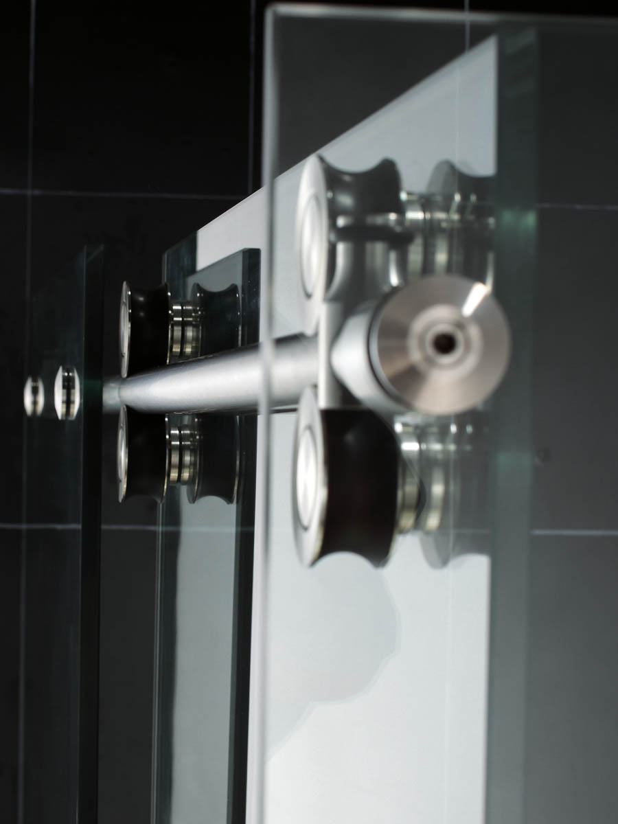 Brushed or Polished stainless steel hardware